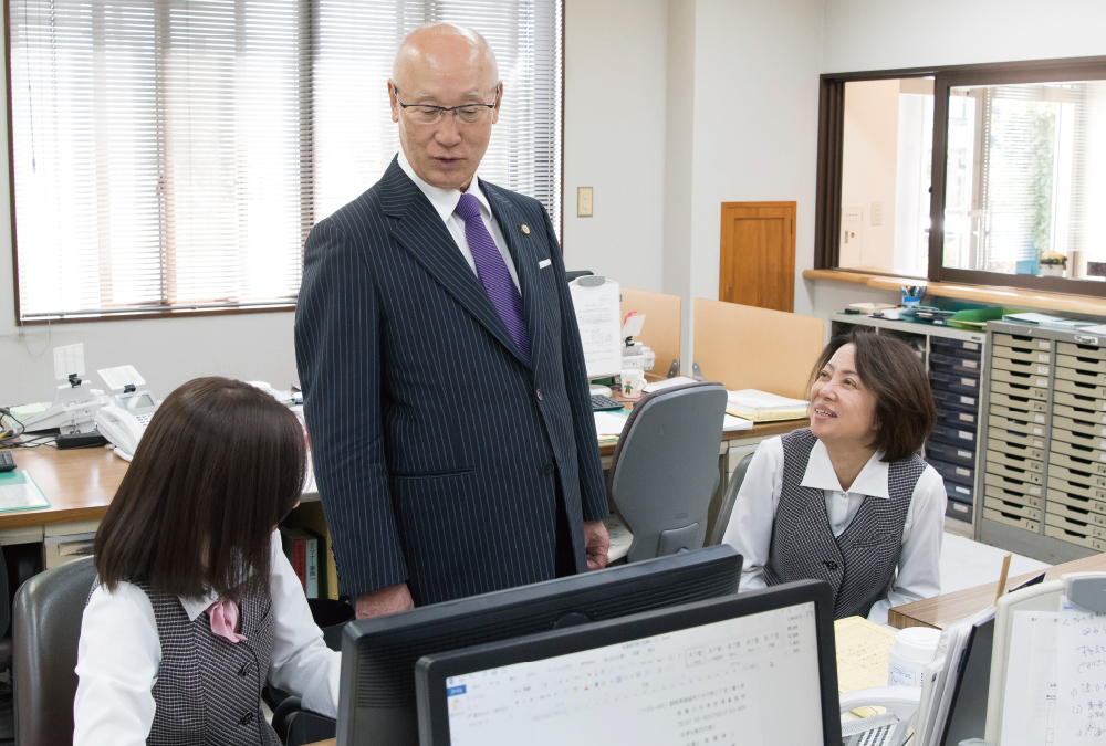 弁護士 高橋 伸二