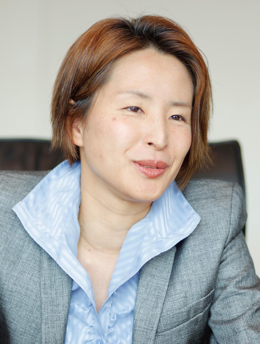坂田絵里子弁護士