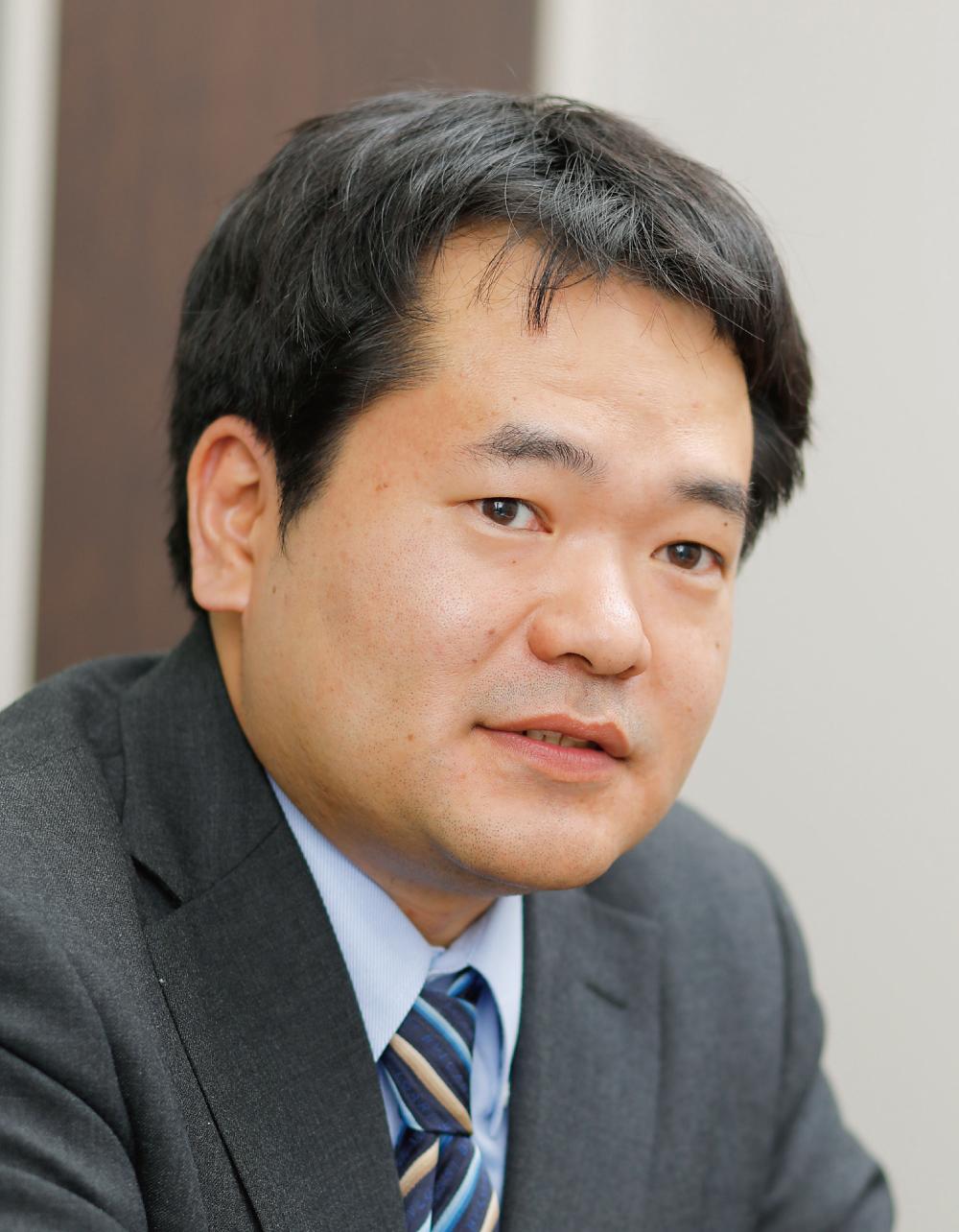 河津良亮弁護士