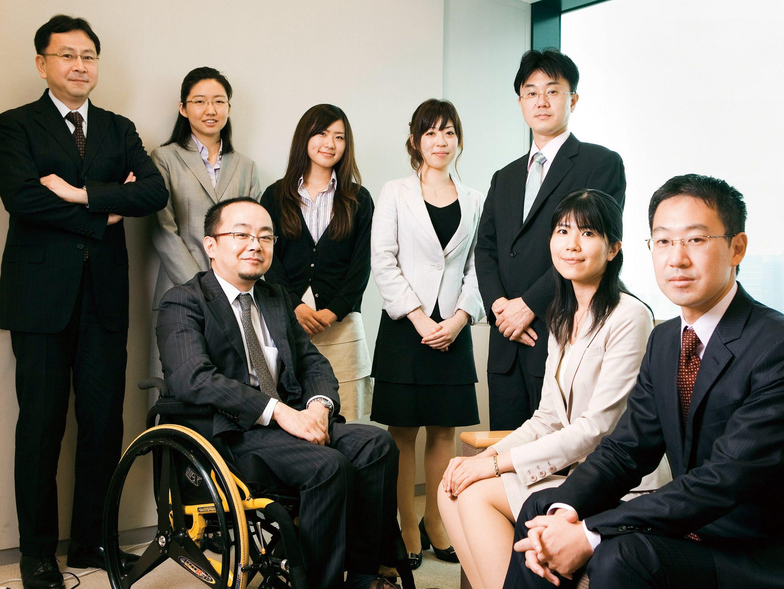 富士通株式会社 法務本部 ビジネス法務部