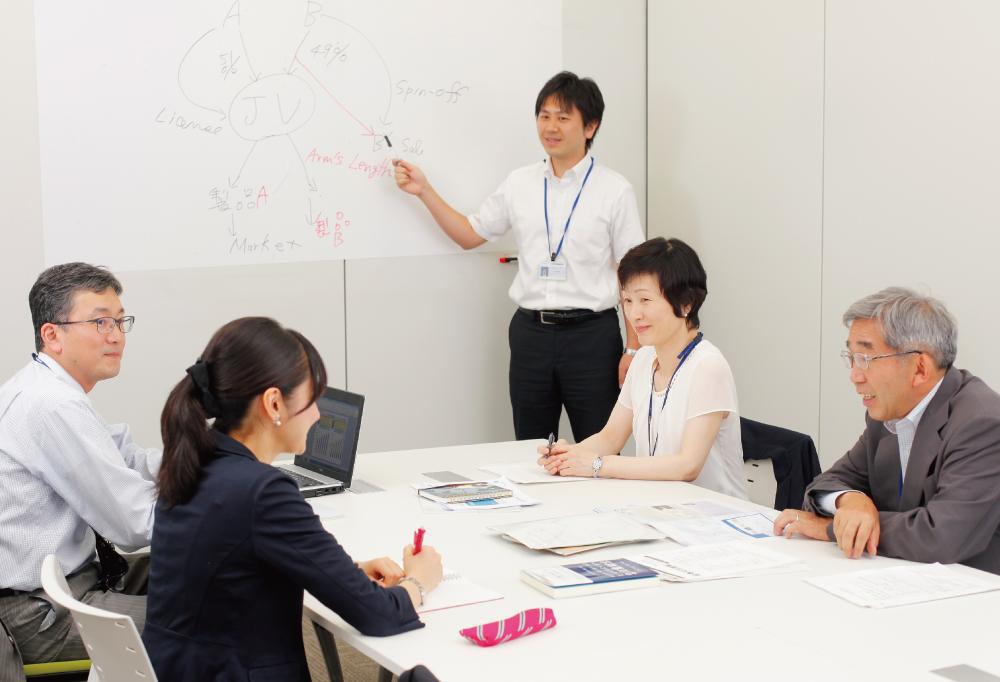 株式会社三菱ケミカルホールディングス コーポレートスタッフ 法務部
