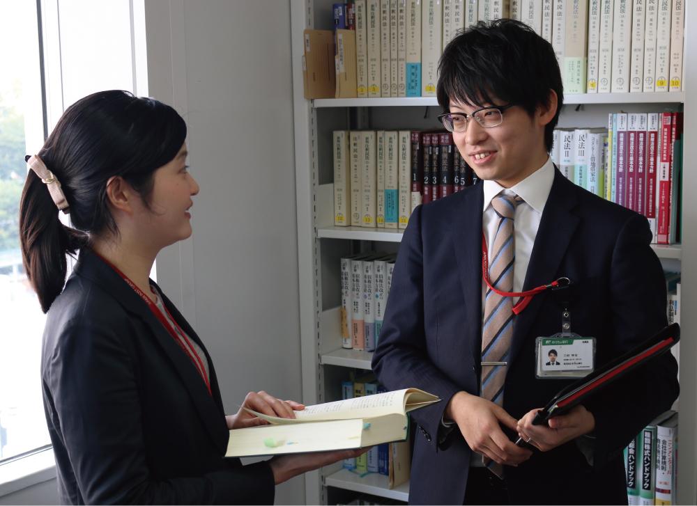 株式会社ゆうちょ銀行 法務部